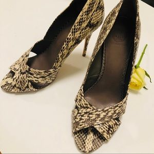 TORY BURCH SHOES OPEN-TOE SNAKESKIN HIGH-HEEL US9M